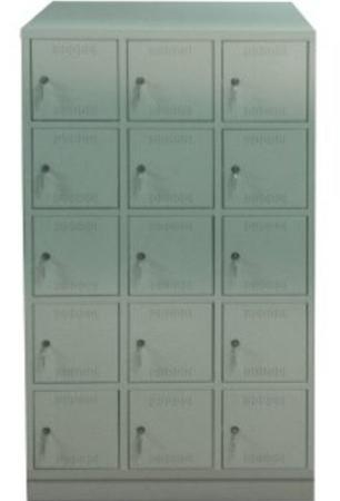00150574 Szafa skrytkowa z daszkiem, 3 segmenty, 15 skrytek (wymiary: 2135x1200x480 mm)