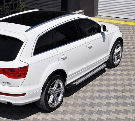 Stopnie boczne - Audi Q7 2006-2014 (długość: 205-210 cm) 01655989