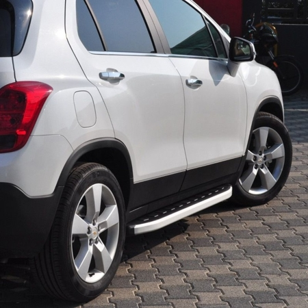 Stopnie boczne - Chevrolet Trax (długość: 161 cm) 01655681