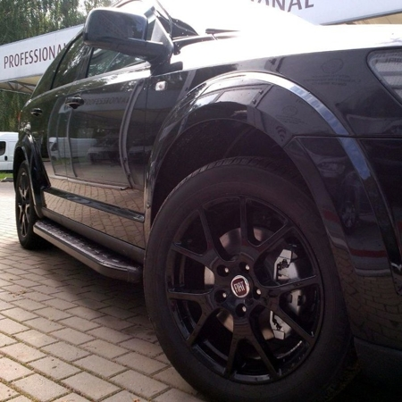 Stopnie boczne, czarne - Opel Mokka (długość: 161 cm) 01655958